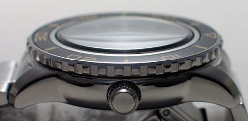 Seiko 5's SNZH5 side view